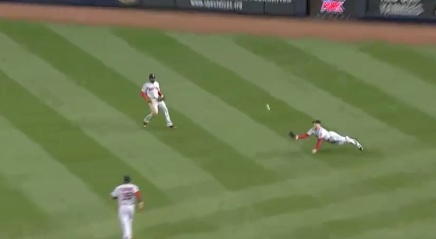 Daniel Nava's Excellent Diving Catch