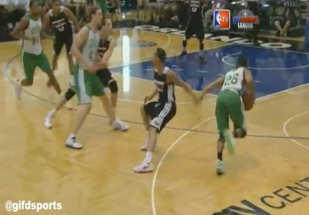 Phil Pressey Spins Around Shabazz Napier in Summer League