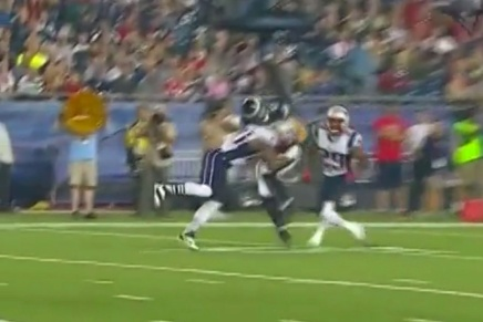 Patrick Chung Smacks the Living Shit Out of Brent Celek
